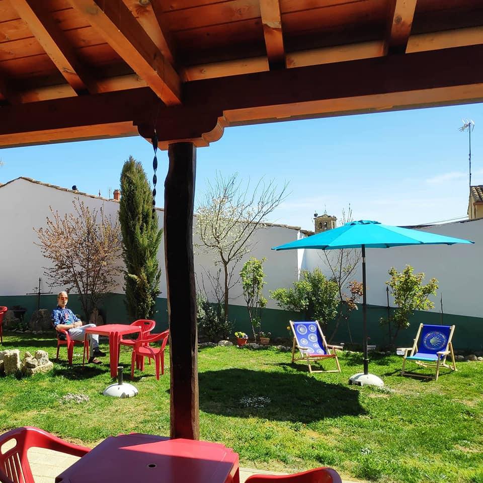 tuin en terras-garden and terrace-jardin y terraza
